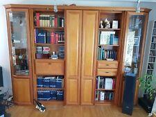 Sehr schöner Wohnzimmerschrank  Vitrine Kirschbaum Holz massiv Wohnwand Barfach