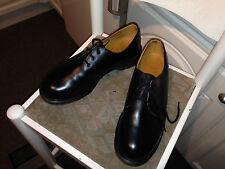 Vintage Dr Martens Zapatos Negros 8249 UK 9 EU 43 Inglaterra Trabajo De Seguridad Industrial