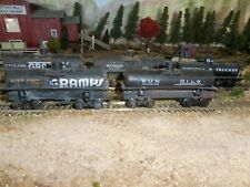 HO Scale MDC/Roundhouse 26' Tank Cars