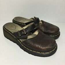 DR DOC MARTENS Womens size 9 Leather mule Closed Toe Single Strap Clogs