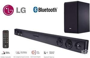 Lg SJ3 Soundbar e Subwoofer Wireless Bluetooth Usb 300W 2.1 Canali Nero