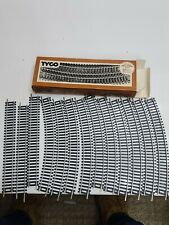 "Tyco HO Scale Box of 10 Tru-Steel 18"" Radius Curve Track and 3 9"" Straight Track"