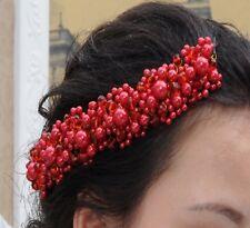 Accessoire mariage , bijou de cheveux , orné de perles rouges