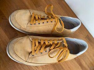 Fit Flop trainers boat shoes men's 9 suede golden sand colour