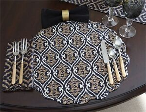 Braden Ikat Ogee Cotton Round Placemat ~ Quilted