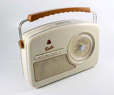GPO RYDELL RETRO STYLE DAB RADIO CREAM