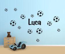 Wandaufkleber: Set Name + 13x Fußball - 1/2-farbig Kinderzimmer Junge WandTattoo