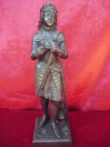 Belle, vieux Bronze __ Jean D` Arc Signé