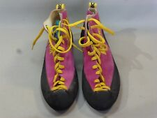 PAIRE DE CHAUSSURE D'ESCALADE / LA SPORTIVA / MADE IN ITALY / POINTURE 40