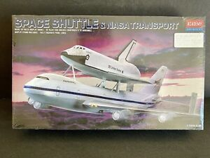 Space Shuttle and NASA Transport 1/288 Scale Academy Hobby Model Kit NEW