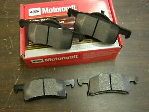 NOS OEM Ford 2003 2006 Expedition + Lincoln Navigator Rear Brake Pads 2004 2005