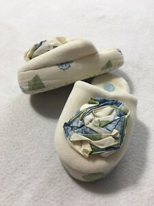 Gymboree Toddler 7 8 Petit Four Ivory Blue Green Rose Floral House Slippers