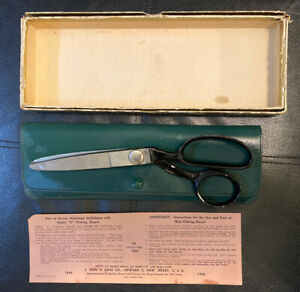 Scissors WISS Vtg Pinking SHEARS PATENTS 1970408 GREEN LEATHER Case Made USA