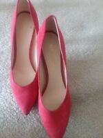 Nine West Women's Red Suede Pumps Stiletto Heels Pointed Toe Size 6M