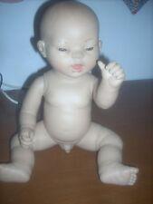 bambola nati ora orientale  h.cm 40 marca PAKOS   rara