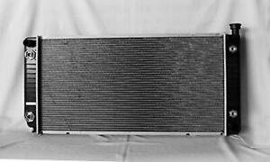 Radiator For Chevrolet GMC C/K 1500/2500/3500 Suburban