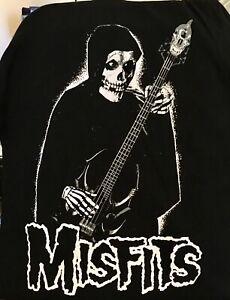 """Brand NEW MISFITS Small """"Bass Fiend"""" RARE B & W T-Shirt  L@@K!"""