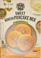 CJ Beksul HOTTEOK Korean Pancake Mix (Sweet/Green Tea) 400g (14.1 oz)