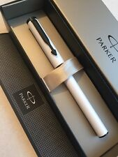 NEW PARKER BETA WHITE/BLACK TRIM BALLPOINT PEN-BLUE INK-GIFT BOX