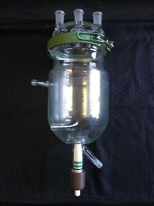CHEMGLASS 2000mL Glass Jacketed Reaction Vessel Lid Clamp Drain Valve CG-1929-16