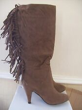 """BNIB  FRINGED BOOTS BROWN FAUX SUEDE PULL ON 3.5 """" HEEL SIZES 3-7 *TO CLEAR*"""