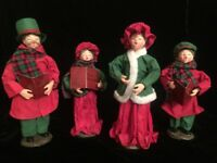 Vintage Paper Mache Carolers Family Set of 4 Red Green Nice!