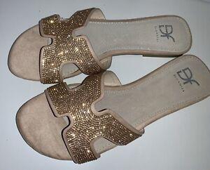 DANIEL DF Bronze Rose Gold Glitter Flat Sandals Size 39 (6) In Box Worn Once