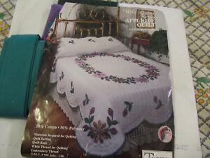 Tobin Quilt Kit Wild Daisy Applique Quilt Kit Full Size 82x95 Quilt Top NOS Kit