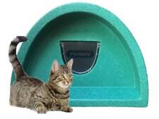 PLASTIC CAT HOUSE inc FLAP £57.00 OUTDOOR CAT SHELTER / KENNEL COSY CAGES