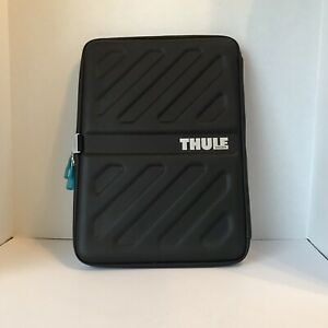 "Thule - 11"" x 13"" Macbook Pro Slim Black Zippered Case"