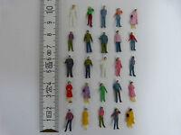 100 Stück Figuren H0 1:87 Modellbahn stehend + bemalt NEU