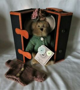 """Boyds Bear The Uptown Collection #9200251 """"Penny Whistleby"""" LE # 7078 NIB"""
