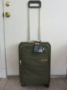 """Briggs & Riley Baseline Domestic Carry-On Expandable Upright 22"""" Spinner Luggage"""