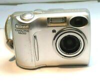 Nikon Cool Pix 4600 Digital Camera 4MP 3X Zoom Silver - works good , tested
