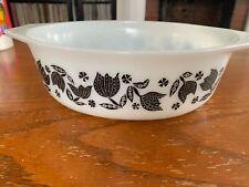 Vintage Pyrex 043 1 1/2 QT Casserole Dish Black Tulip Pattern NO LID