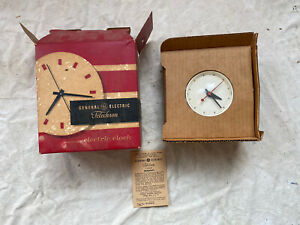 Vintage GE Deadstock Wall Clock Telechron Red White Model 2H45 115 Volts NOS