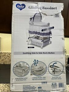 Delta Children 27302-407 Smooth Glide Bedside Bassinet Portable Crib Marina