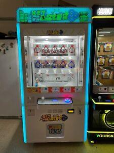 Sega Key Master Toy Redemption Vending Machine Arcade Crane Game