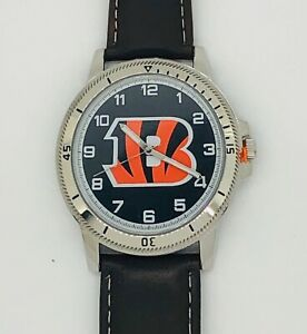 CINCINNATI BENGALS CLASSIC MEN'S SPORT WATCH LEATHER BAND OFFICIALLY LICENSED