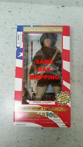SOLDIER OF THE WORLD REVOLUTIONARY WAR RIFLEMAN 17758-1783 ITEM 800311-R3