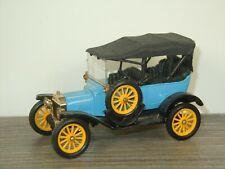 1915 Ford Model T - Corgi Classics England *41452