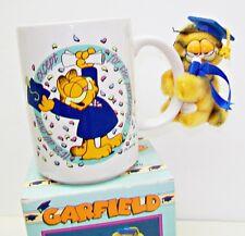 GARFIELD 1978 Graduate Ceramic Stein Plush Clip-on Plush Toy Class '90 Mug NIB