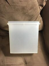 Vintage Tupperware Store N pour cereal keepers containers 469