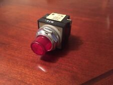Joslyn Clark BUL 100T-PBLT2R Red Illuminated Push Button Switch NEW FREE SHIP