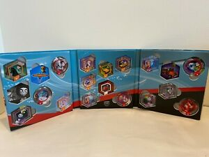 DISNEY Infinity Power Disk Album With 17 Power disks- Series 2 Collector Case