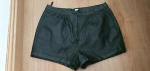 ladies women black faux leather shorts size M