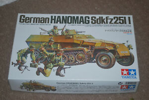 Tamiya 1/35 German WWII Hanomag Sdkfz 251/1  Armoured Half-Track