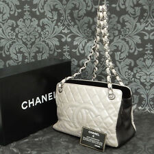 Rise-on CHANEL Matelasse Lamb Skin Leather Silk White Chain Shoulder bag #2026