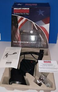 Valley Forge Flag Pole Light the freedom light. Residential solar powered black