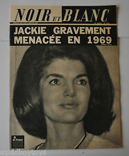 NOIR et BLANC No.1240 French Magazine 1969 JACKIE KENNEDY Cover, ROBERT MANUEL